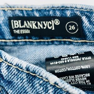 Blank NYC Shorts - Blank NYC The Essex Now or Never Distressed Shorts